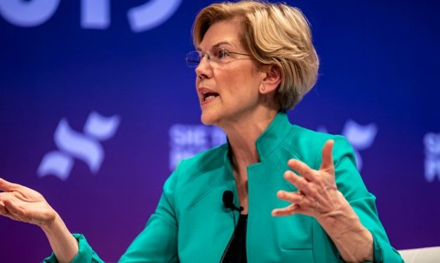 The Only Way for Elizabeth Warren to Win
