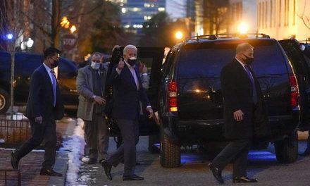 In Beautiful Gesture, Biden Visits Dying Bob Dole
